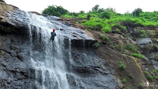 Diksal Waterfall Rappelling